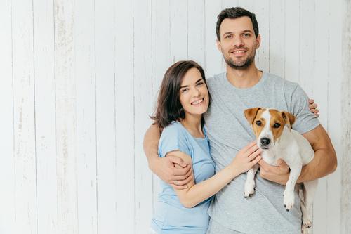 Claire & Noël « le homesitting, un service sur-mesure pour faire garder son animal à domicile »